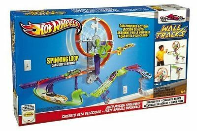 Hot Wheels Wall Tracks Auto Motion Speedway Playset