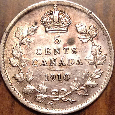 """1910 """"pl"""" Canada Silver 5 Cents Superb Example And With Toning !"""