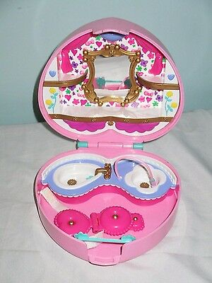 1995 -Lucy Locket Heart Shaped Playset. Like Polly Pocket. Rare Vintage