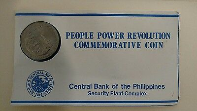Philippines 10 Piso KM250 1986 Flag Tank (People Power Revolution) Coin