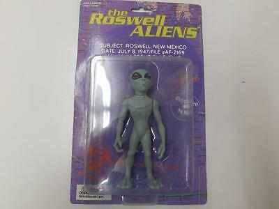 THE ROSWELL ALIEN FIGURE - 1996 Street Players - SEALED 24634