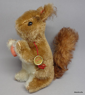 Hermann Squirrel Mohair Plush 14cm 5.5in ID Swing Tag holding Nut 1960s Vintage
