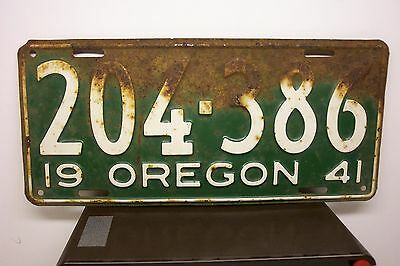 Vintage Oregon 1941 Automobile License Plate--Green & White