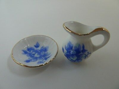 Dolls House Miniature 1:12 Scale Bathroom Blue Pattern Jug & Bowl (D1739)