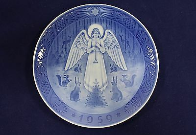 1959 Royal Copenhagen Porcelain Christmas Plate, 'Angel Playing for the Animals'