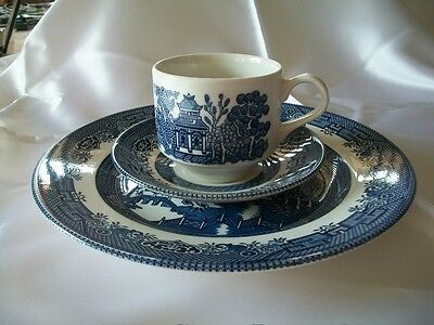 Vintage Churchill Blue Willow Cup, Saucer and Dinner Plate - England