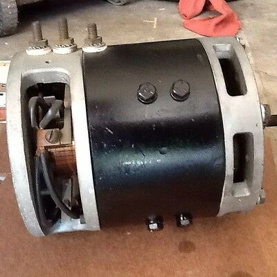 EATON B2 YALE 7220880-10 / 12 V / DC Forklift DRIVE MOTOR  Serial # 1-5004