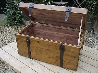 Fab! Old Antique Pine Box/blanket Chest/shipping Trunk/table/storage/industrial