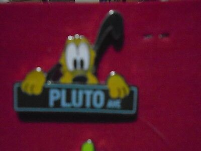 Disney Authentic Trading Pin Pluto Ave