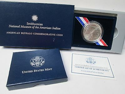 2001 American Buffalo Smithsonian UNCIRCUALATED Silver Dollar Commemorative Coin