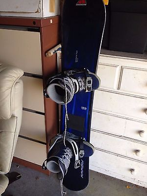Factory Boarding Snowboard | With Boots & Bindings