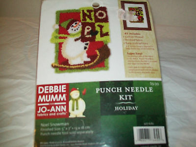 Noel Snowman Debbie Mumm Punch Needle Kit