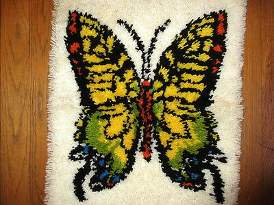 Vtg 60s Butterfly Rug Latch Hook Wall Hanging BUTTERFLY Shag Rug 21x28 FINISHED