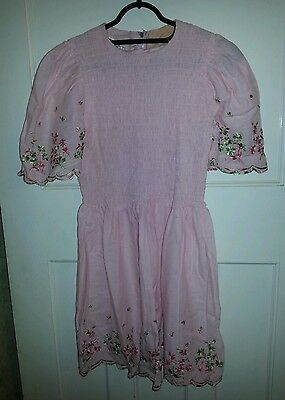 Vintage Girls Pink Smocked Dress Approx age 8 - 10 Chest 28 inch Length 31 inch