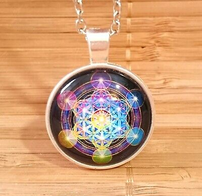 Mens  Archangel Metatrons Cube Sacred Geometry Picture Amulet Necklace + Pouch