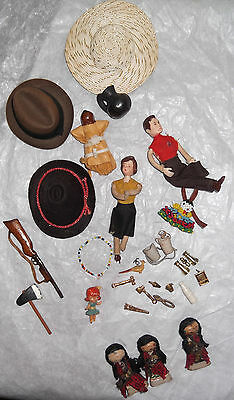 Mixed Lot of Vintage 1950s Miniatures & Doll House Accessories & Dolls