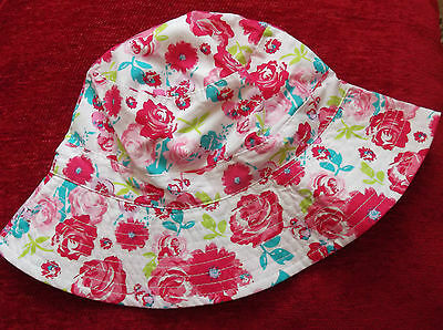 BNWT Girls Pretty White Floral Hat Age 2-3-4 yrs Summer/ Holiday/ Sunhat/ New