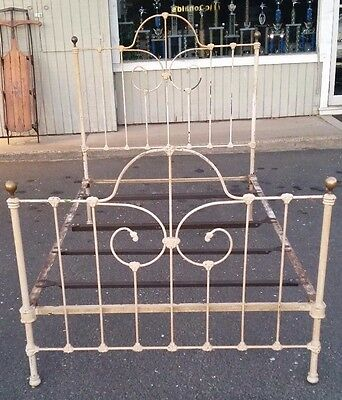 Utica Cast Iron Bed  Frame    3/4 Bed   Great Condition Sturdy and Tight Fitting