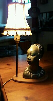 mid century table lamp with bust of lady