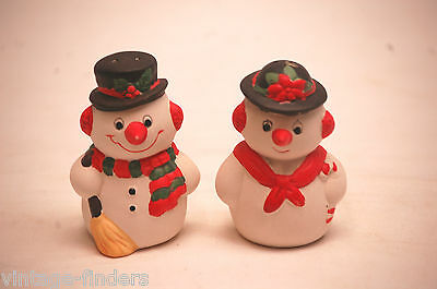 Vintage Snowman Salt & Pepper Shakers Christmas Holiday Figurines Kitchen Tool