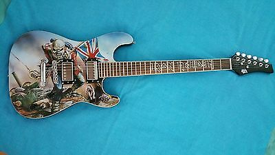 "Iron  Maiden        Trooper  ""sold  Out""  Le  Guitar   Licensed / Authentic"