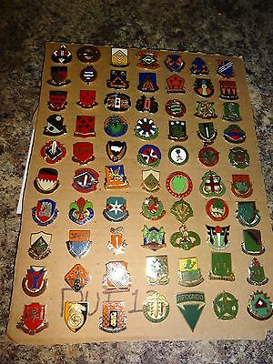 Military Crest Insignia Di Dui Lot Set Of 70 Different Us Army Recondo Mp Signal