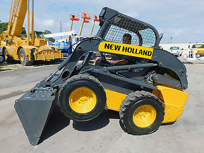 """2012 New Holland L-220 """"fast 2-Speed"""" Skid Steer Wheel Loader - Great Hours"""