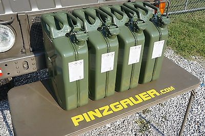 NATO Swiss Army Fuel Gas Jerry Can 20 Liter Set of 4  Military Canister 1x Spout