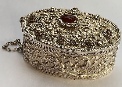 Vintage Old signed CHINESE EXPORT Large Silver Red Carnelian Snuff BOX