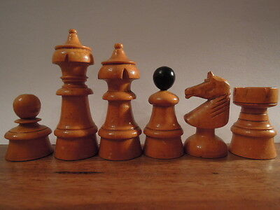 Antique Chess Set + inlay board / Antike Schachfiguren + Brett /scacchi