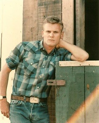 TAB HUNTER SUPER HANDSOME YOUNG photo in FLANNEL SHIRT (sfp4)