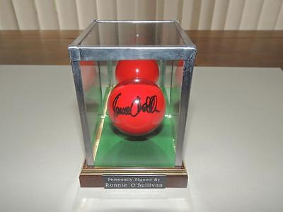 Signed Snooker Ball in Glass Display Case Ronnie O' Sullivan Snooker  Proof COA