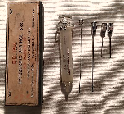 B-D YALE Glass Matched Hypodermic Syringe Eccentric Tip in Original Box 51223