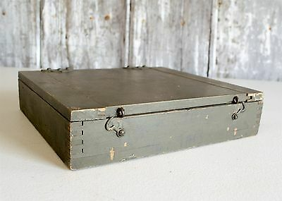 Vintage Olive Green Finger Jointed Hinged Latching Lid Flat Wooden Box