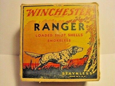 Empty Vintage Winchester Ranger 12 GA shot shell box.Pointer English Setter Dog.
