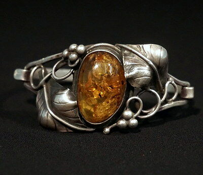 Antique Baltic Amber Silver Bracelet Inclusions German Leaves & Berries Setting