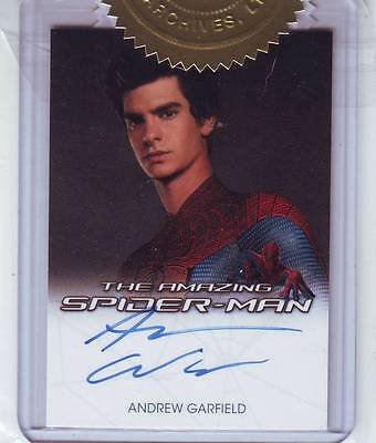 ANDREW GARFIELD THE AMAZING SPIDER-MAN AUTOGRAPH CARD And Costume +Character Set
