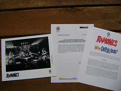 Ramones We're Outta Here Radioactive Records Press Kit With 8X10 Photo Rare