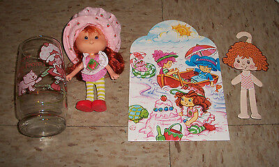 Vintage Strawberry Shortcake THQ 1991 Berry Beach Park doll with 1980s Glass