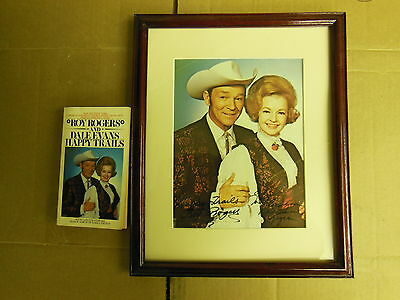 ROY ROGERS and DALE EVANS --- HAPPY TRAILS --- Framed signed Foto & Book