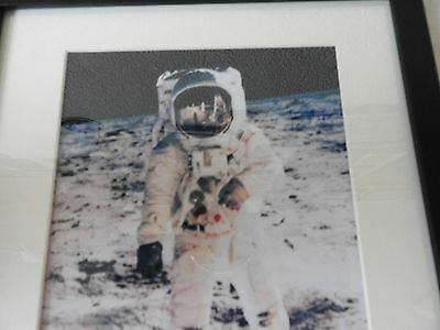 "Repro signed Photo of ""Buzz"" Aldrin (Framed)"