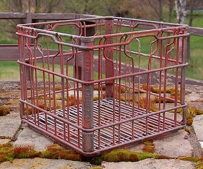 Vintage 1963 Dairy Fresh Wire Milk Crate - Lots of Character & Great Condition
