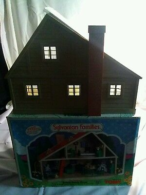 Vintage 1985 Sylvanian Families Boxed Deluxe House NIB