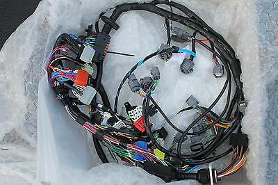 Land Rover Defender Wolf Wiring Harnesses New YMH100140