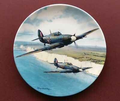 Royal Doulton 'hurricane Over The White Cliffs' - Heroes Over Home Territory