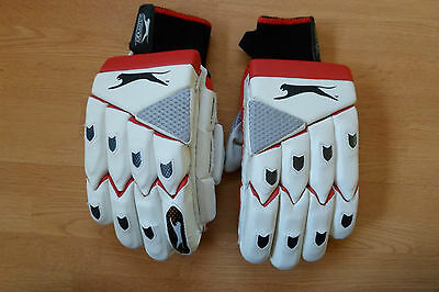 Slazenger Xtreme Cricket Batting Gloves Leather Right Handed Youths NEW