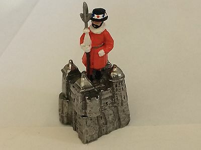 "Hand Painted Pewter Thimble ""Beefeater on the Tower of London"""