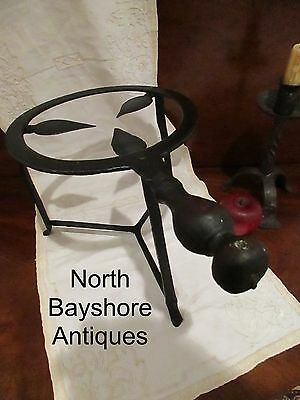 Antique 1700s New England Colonial Wrought Iron Spider Trivet Penny Feet aafa