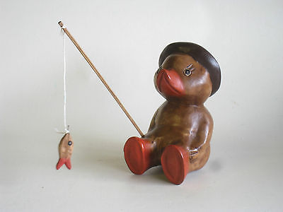 Wooden Hand Carved Fishing Duck 18cm.....