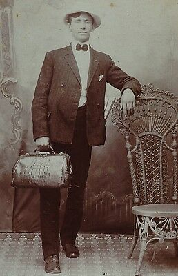UNUSUAL Photo - Salesman? with ALLIGATOR Bag - Paper in Pocket 1890 Doctor?